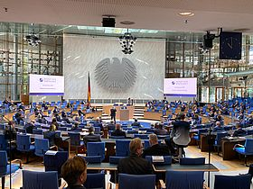 With the Senate of Economy at the old plenary hall, Bonn